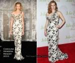 "Runway To ""Julie & Julia"" New York Premiere - Amy Adams In Carolina Herrera"