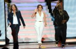 Jennifer Lopez In Gucci - 'American Idol' Season 11 Top 9 Live Performance Show