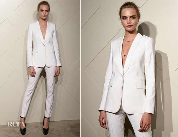 Cara Delevingne In Burberry - Art of the Trench Asia