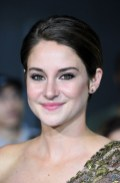 Shailene Woodley in Elie Saab Couture