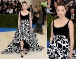 Daisy Ridley In Oscar de la Renta - 2017 Met Gala
