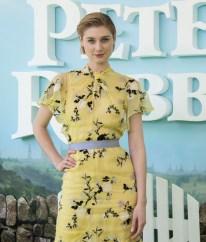 Elizabeth Debicki In Erdem - 'Peter Rabbit' Sydney Premiere