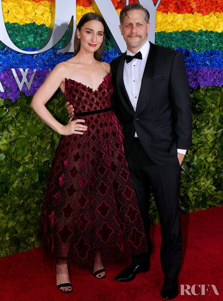 Sara Bareilles in Oscar de la Renta - 2019 Tony Awards