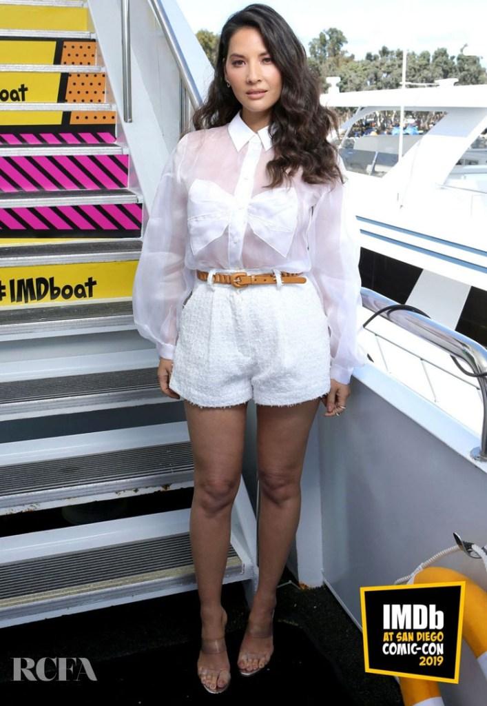 Olivia Munn's Pristine White Look For Comic-Con