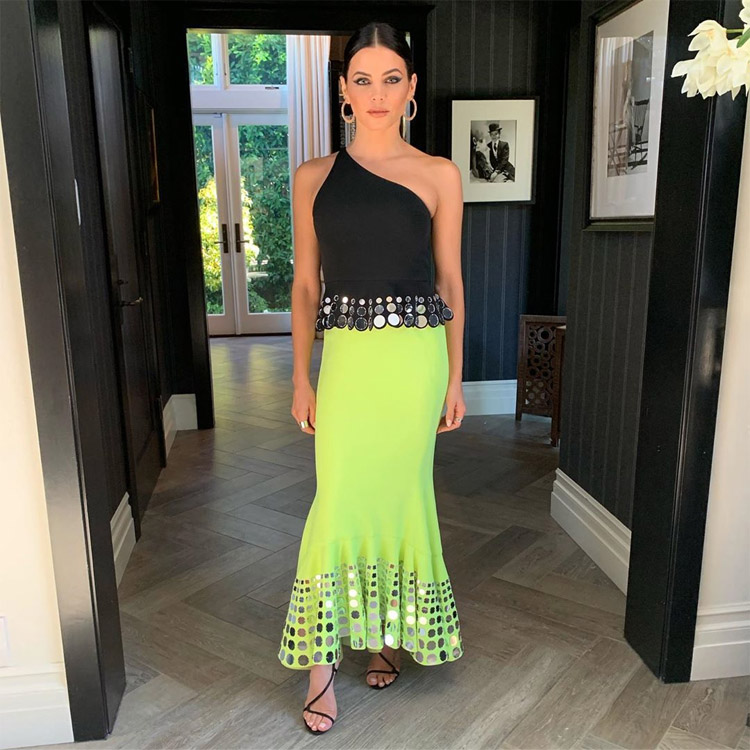 Jenna Dewan Was On Trend In Neon For The Industry Dance Awards