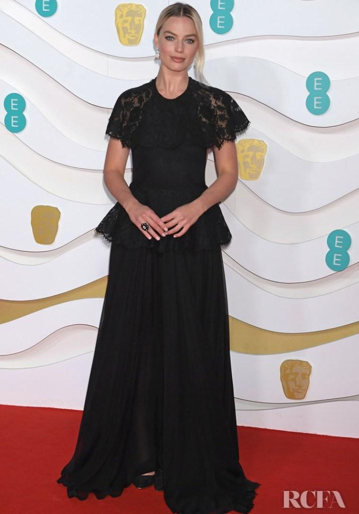 Margot Robbie In Chanel - 2020 BAFTAs