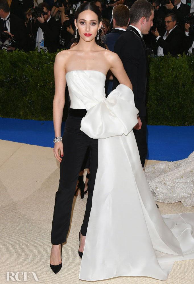 Emmy Rossum In Carolina Herrera – 2017 Met Gala