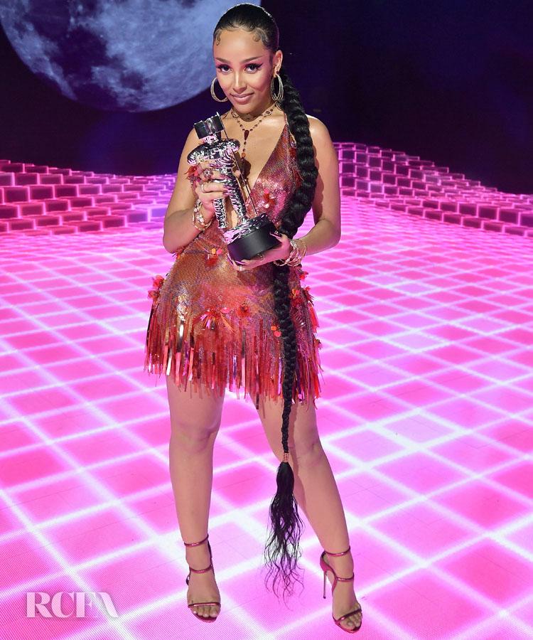 Doja Cat Wore Versace To The 2020 MTV Video Music Awards
