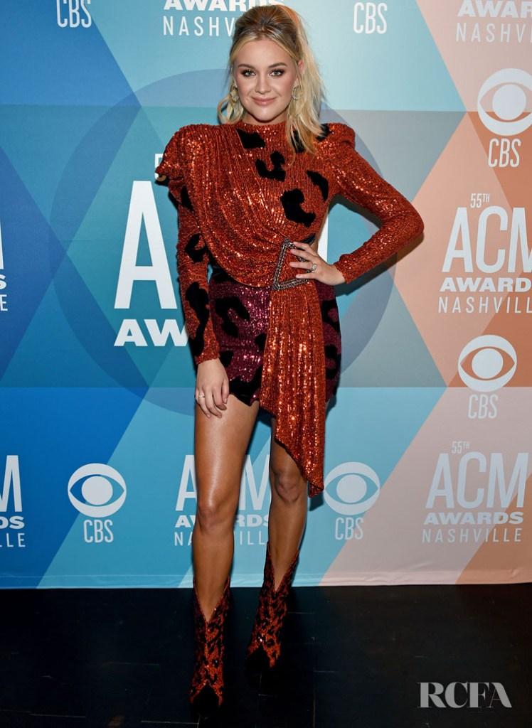 Kelsea Ballerini Wore Raisa Vanessa  Sequin Dress To The 2020 ACM Awards