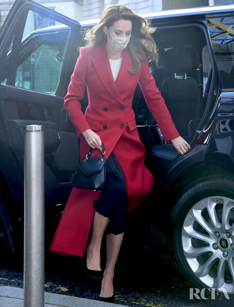 Catherine, Duchess of Cambridge Wore Alexander McQueen To The 'Hold Still' Exhibition