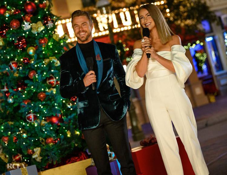 Derek and Julianne Hough Host 'The Wonderful World of Disney: Magical Holiday Celebration'