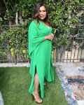 Mindy Kaling Wore Green Valentino For The 'Gram
