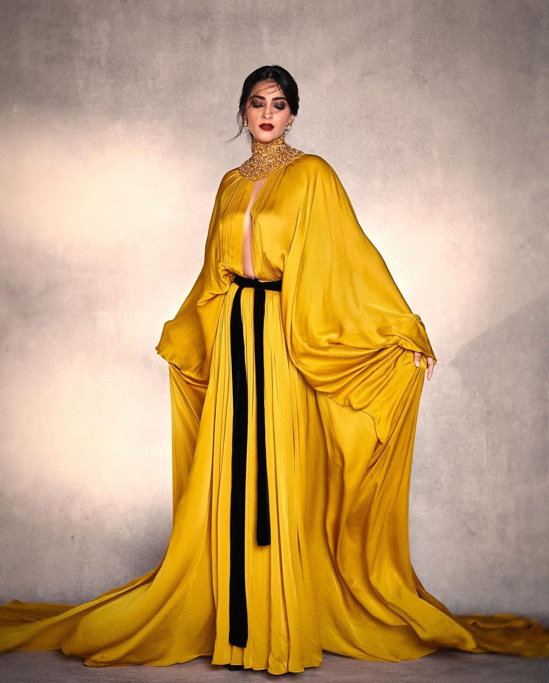 Sonam Kapoor Wore Stéphane Rolland Haute Couture Promoting 'AK Vs AK'