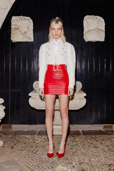 Beyonce, Beyonce Valentine's Day, Valentine's Day, Beyonce Alessandra Rich, Beyonce Red Skirt, Alessandra Rich Fall 2020,