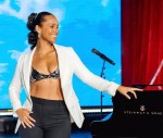Alicia Keys Performed At The Super Bowl After Party Wearing Vera Wang