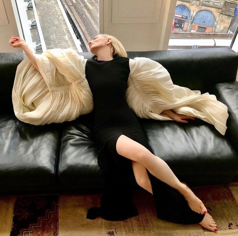 Cate Blanchett Was Instaglam In Schiaparelli Haute Couture