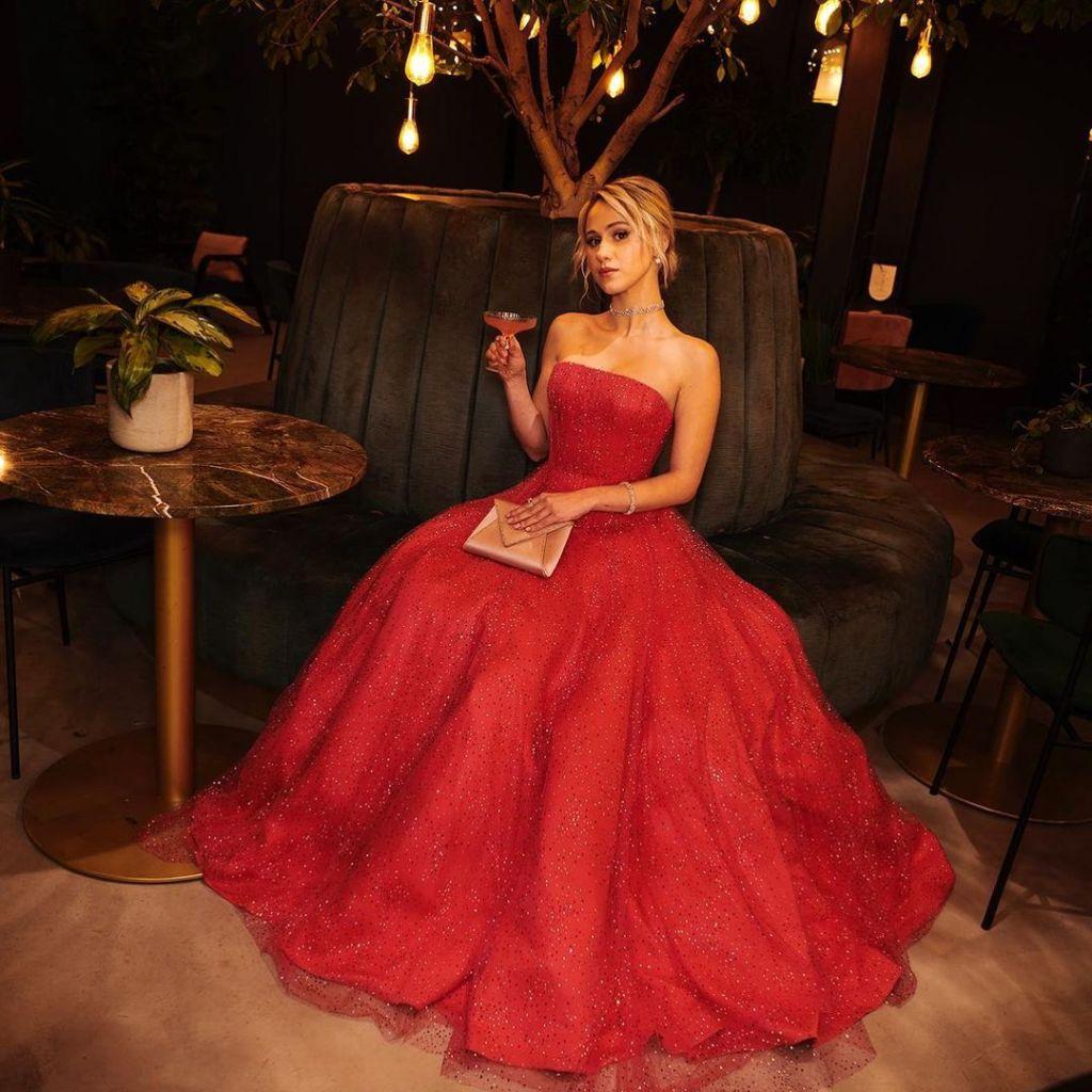 Maria Bakalova Wore Armani Privé To The 2021 Golden Globe Awards