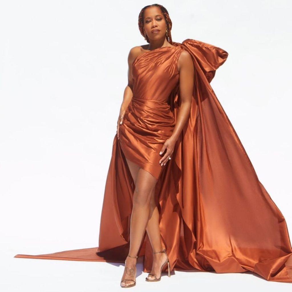 Regina King Wore Oscar de la Renta To The 2021 NAACP Image Awards