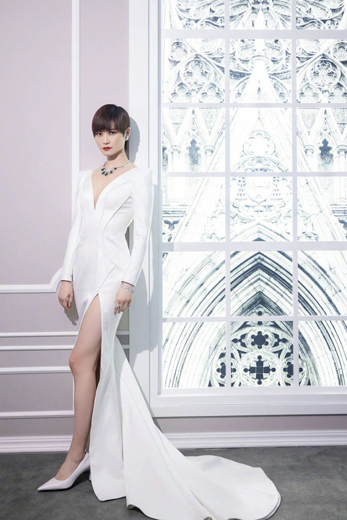 Chris Lee Wore The Atelier Couture To The Harry Winston Exhibition