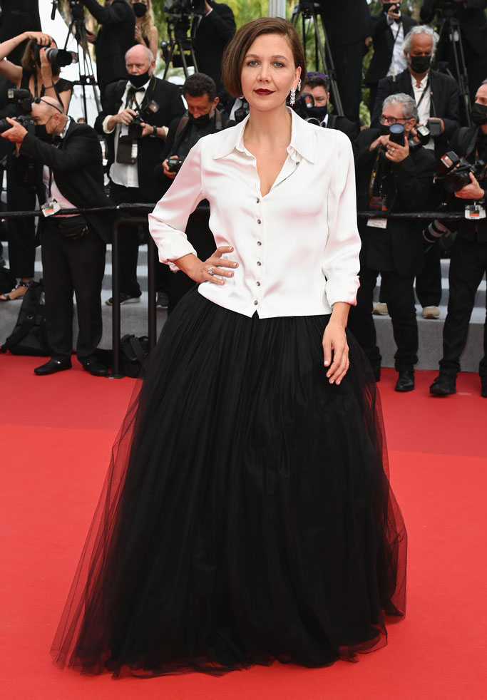 Maggie Gyllenhaal Wore Chanel Haute Couture To 'The French Dispatch' Cannes Film Festival Premiere