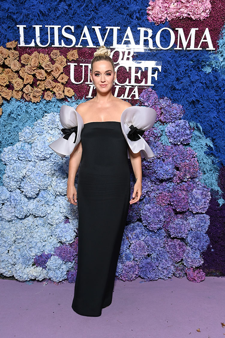 Katy Perry Wore Vintage Pierre Cardin Haute Couture & Dolce & Gabbana To The LuisaViaRoma for UNICEF Event