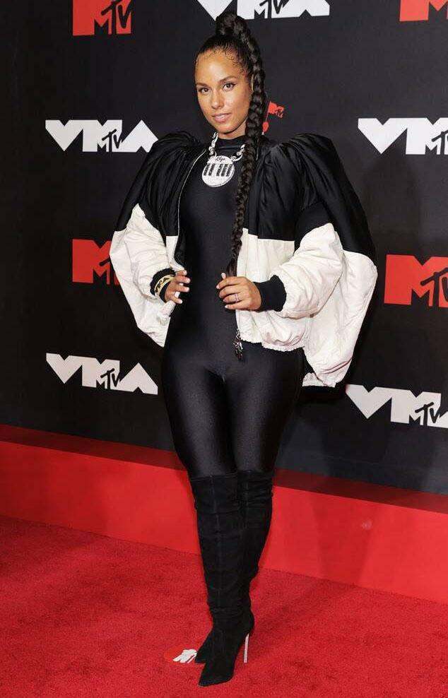 Alicia Keys Louis Vuitton VMAs
