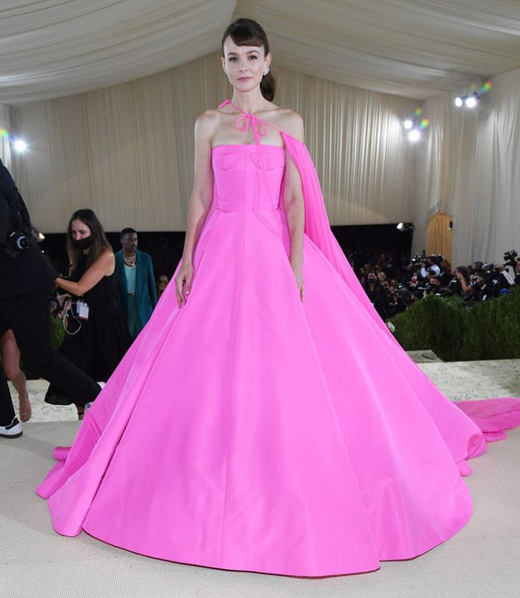 Carey Mulligan in Valentino Haute Couture