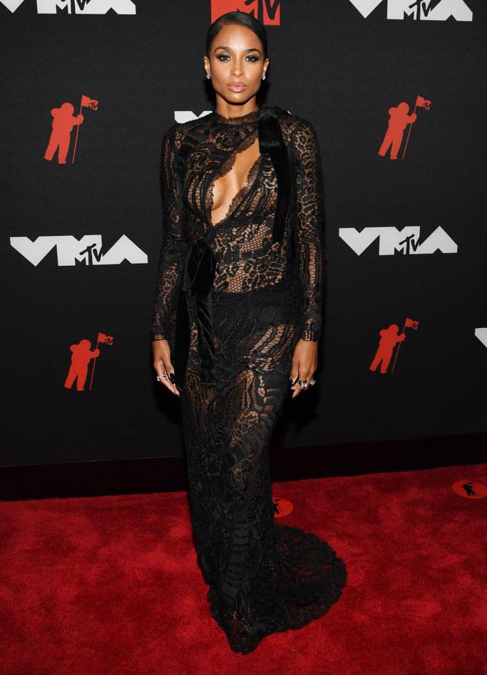 Ciara Wore Tom Ford To The 2021 MTV VMAs