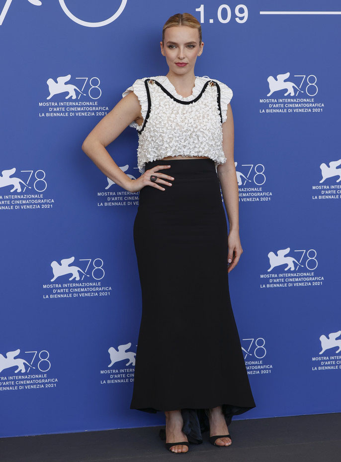 Jodie Comer Wore Louis Vuitton & Alaia For 'The Last Duel' Venice Film Festival Photocall & Premiere