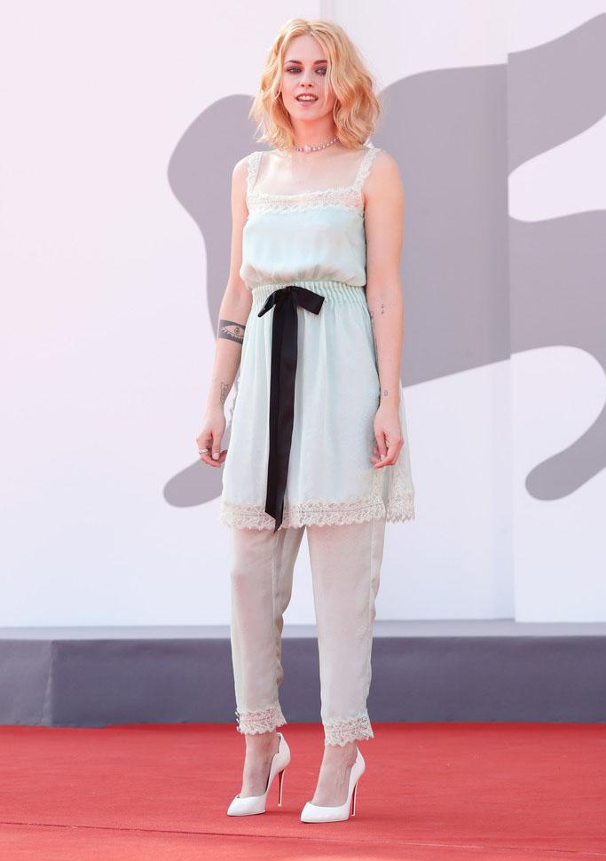 Kristen Stewart Wore Chanel For The 'Spencer' Venice Film Festival Premiere