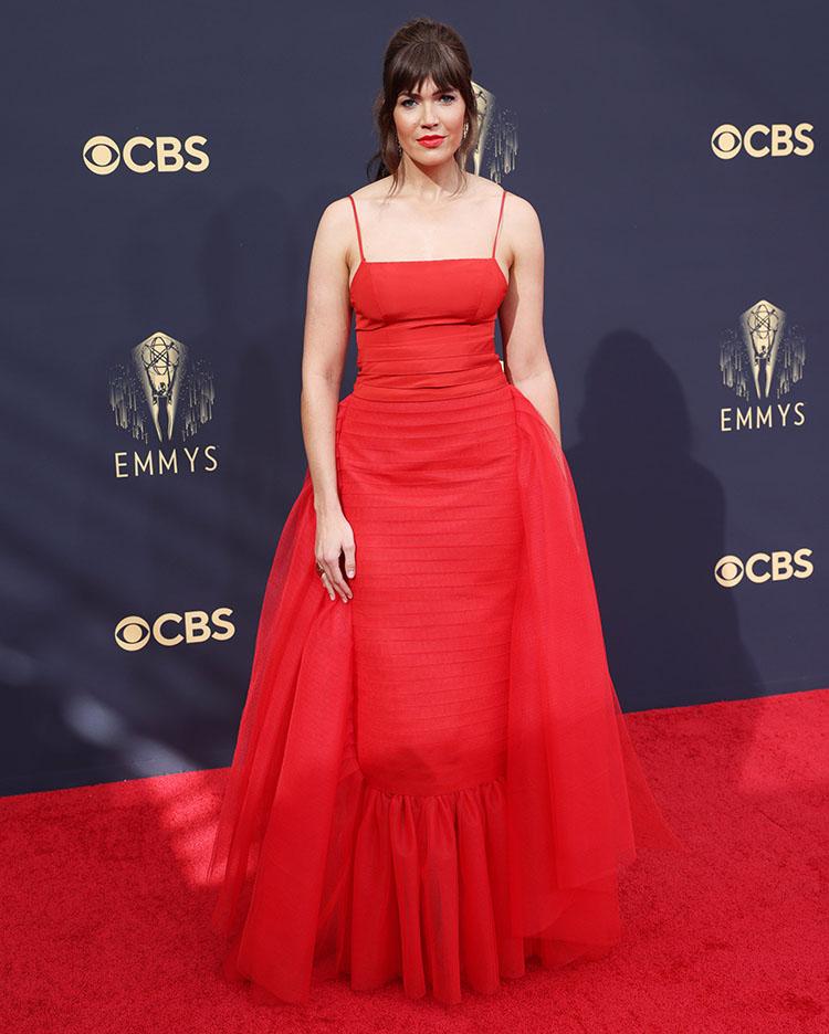 Mandy Moore Wore Carolina Herrera To The 2021 Emmy Awards