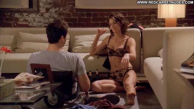 Tricia Helfer Memory Panties Nice Cleavage Sofa Celebrity Bra Breasts