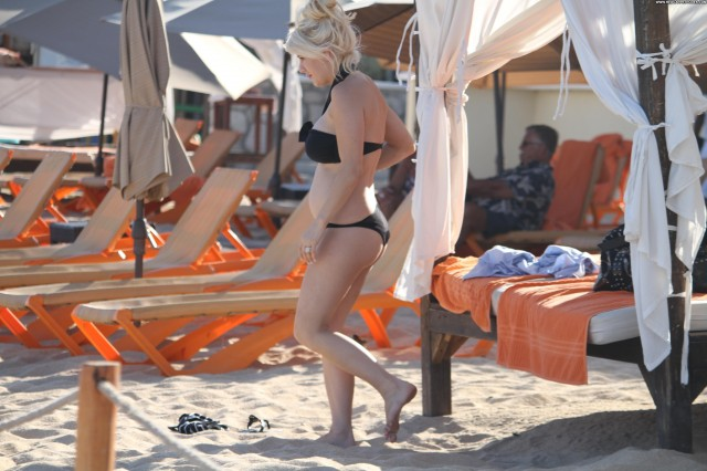 Shayne Lamas Quiet Days In Hollywood Beautiful Posing Hot