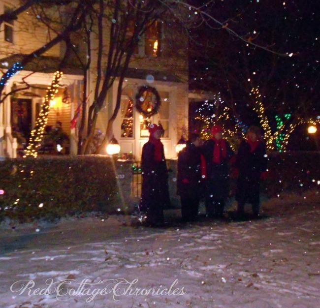 Niagara On The Lake Candlelight Stroll