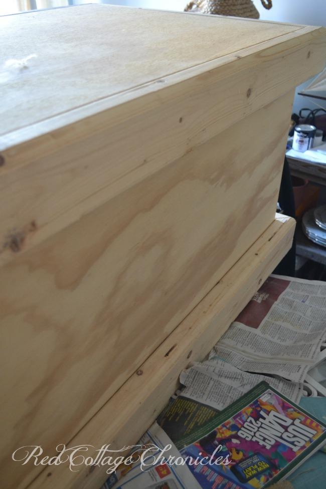 Pottery Barn inspired DIY trunk