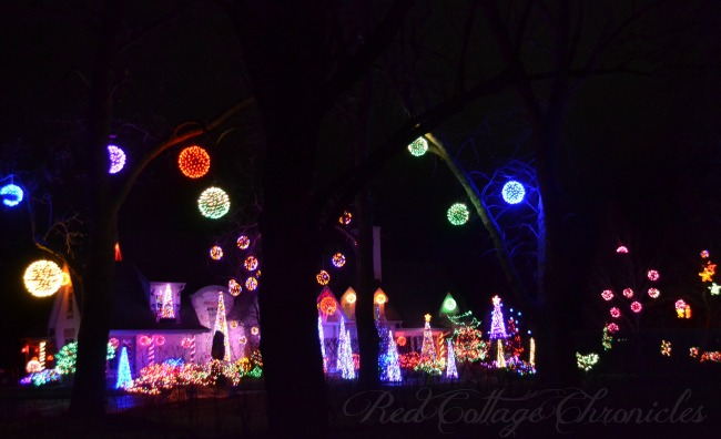 A gorgeous display of holiday lights in Niagara On The Lake