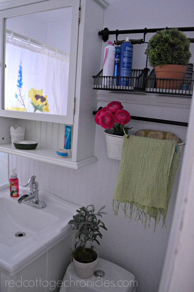 Spring bathroom style