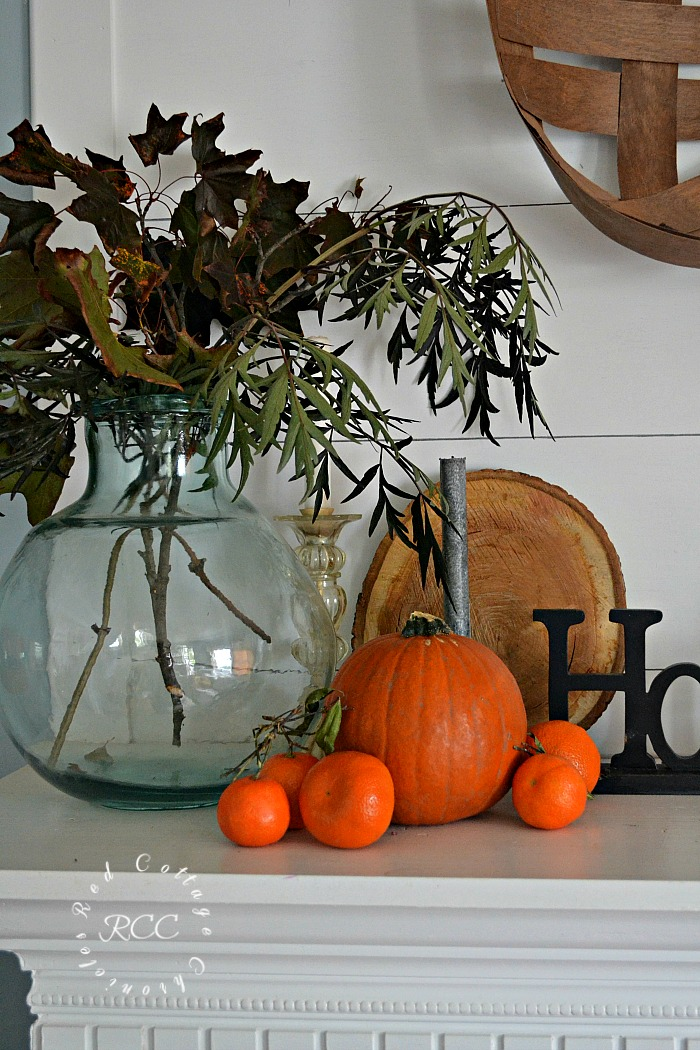 Easy, Inexpensive Autumn Mantel Ideas