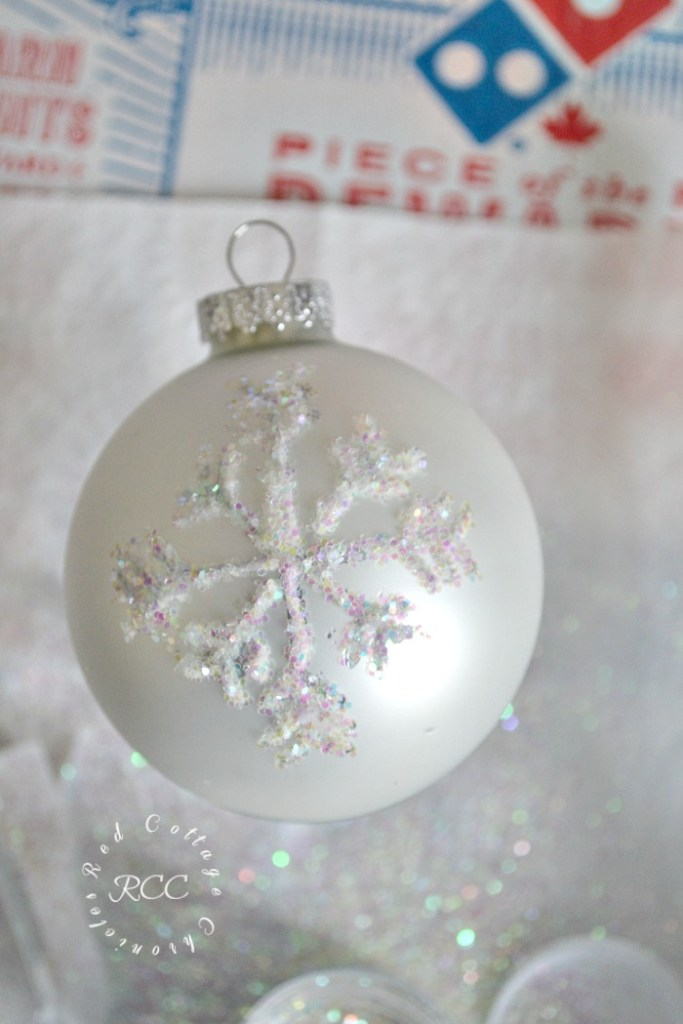Easy DIY sparkly snowflake ornament tutorial