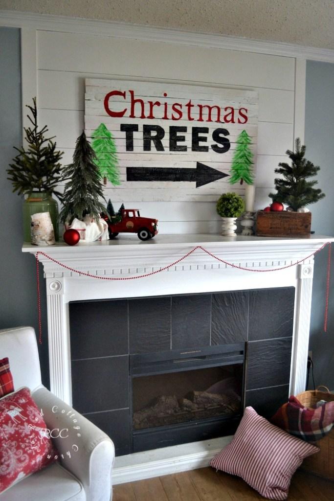Christmas Mantels and more Christmas decor ideas