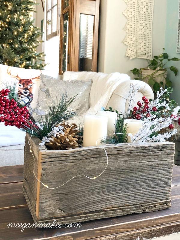 12 DIY Wood Christmas Decorations