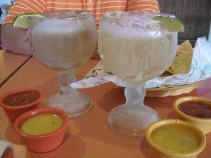 One Negro Modelo and one Corona Extra, please.