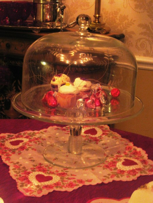 covered cake stand