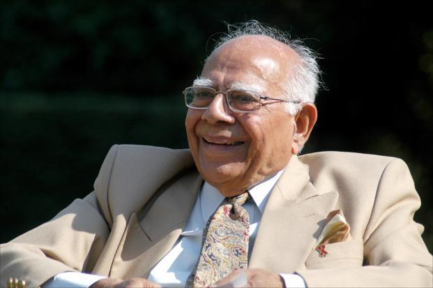 """""""Ram Jethmalani approaches the Supreme Court on the Karnataka Governor's exercise of Constitutional Powers"""""""