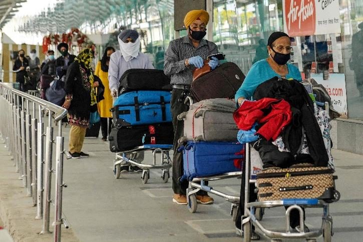 Centre Furnishes Clarification Regarding the Residential Status of NRIs Stranded in India due to Lockdown