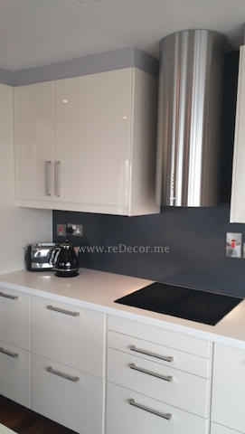 Franke rangehood, kitchen remodelling grey and white kitchen