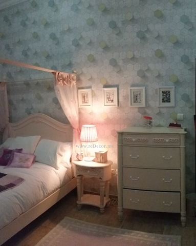 teen room with pink and grey, 3Dwallpaper, pink furniture