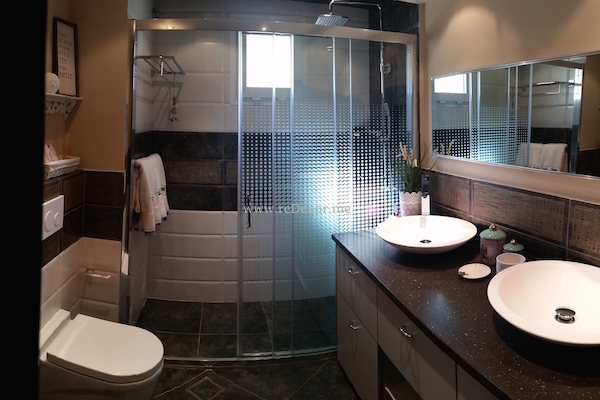 bathroom renovation, remodelling Dubai, Interior decor and design