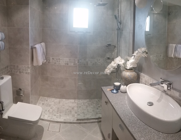 ceramic bathroom tiles Dubai, bathroom renovation Dubai interior decor and design, remodleling and design, grey marble bathroom, mosaic tiles