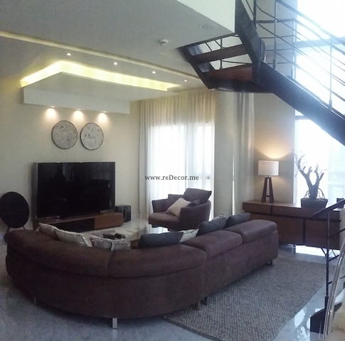 Luxurious living in DIFC dubai, art, stairways, duplex, central park, chandelier, mr perswall, BOconcept